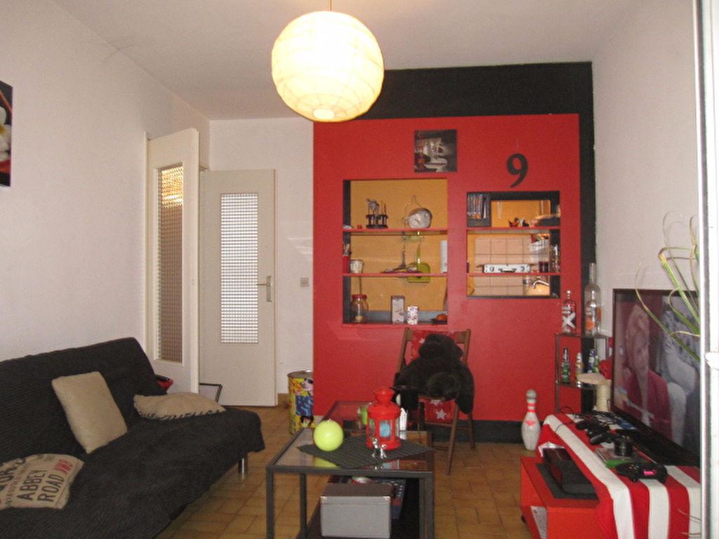 a vendre appartement montpellier m l 39 adresse anne saunier immobilier. Black Bedroom Furniture Sets. Home Design Ideas